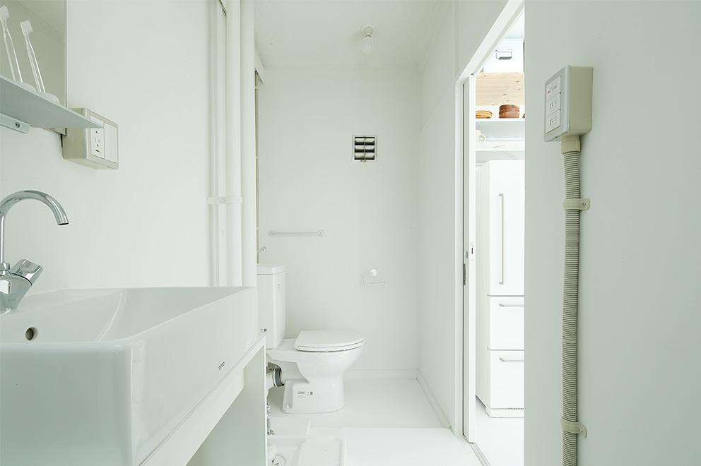 住まいの間取りをつくる上で、重要な項目のひとつに水まわり(キッチン、お風呂、洗面、トイレ)をどこにするか?ということがあります。今回は、その水まわりの配置の  ...
